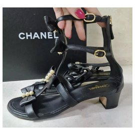 Chanel-Chanel Camellia Pearl Black Leather Heels Sandals Size 37,5-Black