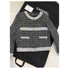 Chanel-New 2017 Fantasy Tweed Jacket-Multiple colors