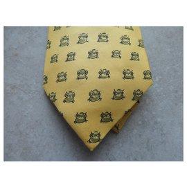 Hermès-hermès tie with its box-Yellow