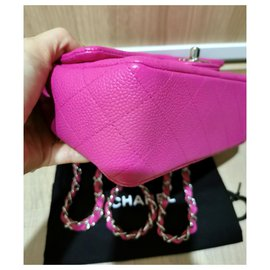 Chanel-Mini sac à rabat classique Chanel Caviar rose-Rose