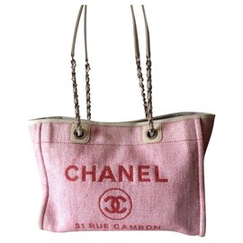 Chanel-Chanel Deauville shopping tote bag-Red