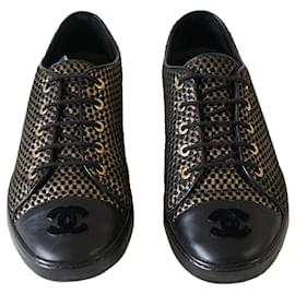 Chanel-Sneakers-Black,Golden