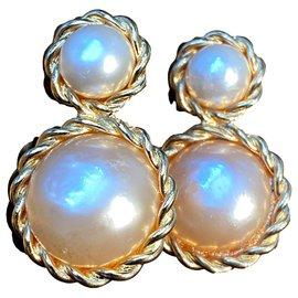 Chanel-Collector-Beige,Golden