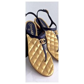 Chanel-CHANEL Barefoot sandal between two black and gold leather Spartans T40,5 It-Black