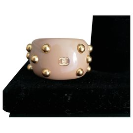 Chanel-Open ring in beige resin-Beige