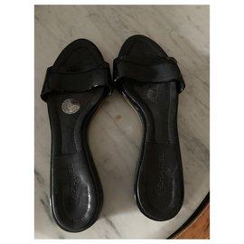 Chanel-Sandals-Black