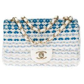 Chanel-Sublime Chanel Mini Timeless limited edition shoulder bag in White and Blue Tweed, Garniture en métal argenté-White,Blue