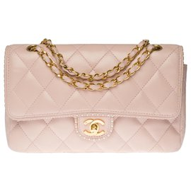 Chanel-Splendid and Rare Chanel Timeless / Classique bag in pink quilted leather, perforated leather braid on the edges of the flap, garniture en métal doré-Pink,White