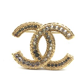 Chanel-Chanel Gold Cc Multicolor Crystals Brooch-Golden