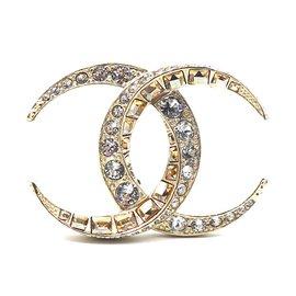Chanel-Chanel Gold CC Dubai Moon Baguette Crystal Brooch-Golden