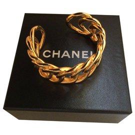 Chanel-CC bracelet in gold-Golden