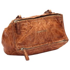 Givenchy-Givenchy Brown Pandora Leather Crossbody Bag-Brown