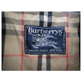 Burberry-waterproof woman Burberry France vintage sixties t 40-Khaki