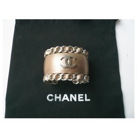 Chanel-CHANEL Bronze leather cuff jewel very good condition-Bronze