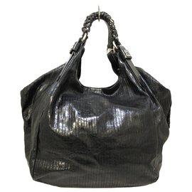 Givenchy-Givenchy Shoulder Bag-Black