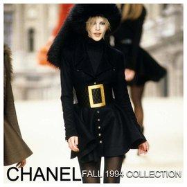 Chanel-Chanel Vintage Runway 1994 Wide Matelassé Corset Belt-Black,Gold hardware