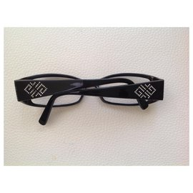 Givenchy-Vintage-Black