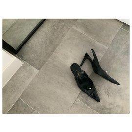 Chanel-Chanel open pumps-Black