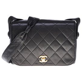 Chanel-Classic Full flap in black quilted leather-Black