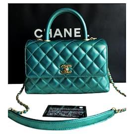 Chanel-Chanel Small Coco Griff Tasche in schillernder grüner Kaviarhaut-Grün