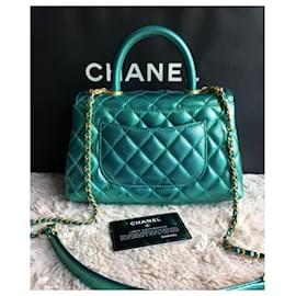 Chanel-Bolsa Chanel Small Coco Handle em pele de caviar verde iridescente-Verde