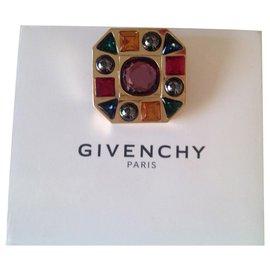Givenchy-Vintage-Golden