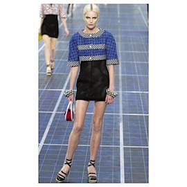 Chanel-Schwarzes Kleid-Schwarz