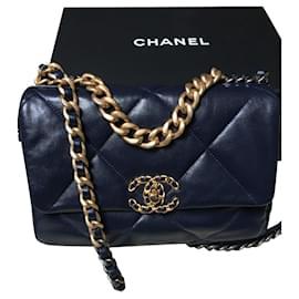 Chanel-Chanel 19 Bolsa, Cor rara e esgotada: Marinho-Azul marinho