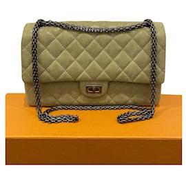 Chanel-Chanel 2.55 Neuausgabe 226 Pistazien-Farbtasche-Grün