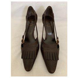 Roger Vivier-Brown leather pumps-Dark brown