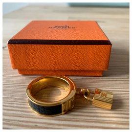 Hermès-Rings-Black,Golden