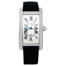 """Cartier-Montre Cartier, """"Tank américaine"""", en or blanc et diamants.-Autre"""