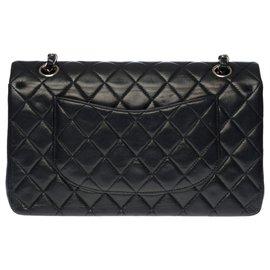 Chanel-Superb Chanel Timeless medium bag 25cm in black quilted leather, Garniture en métal argenté-Black
