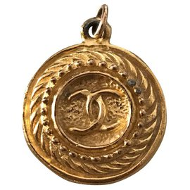 Chanel-Pendant necklaces-Gold hardware