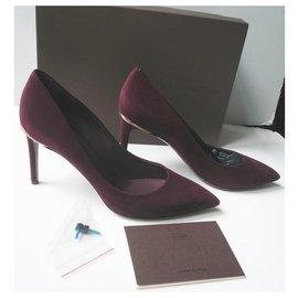 Louis Vuitton-LOUIS VUITTON Burgundy suede heels T38,5 It-Dark red
