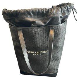 Yves Saint Laurent-Yves Saint Laurent tote-Black