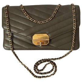 Chanel-Chanel-Olive green