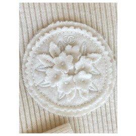 Chanel-CC Edelweiss Salzburg Sweater-Cream