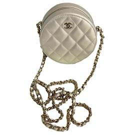 Chanel-Pochette avec chaîne-Autre