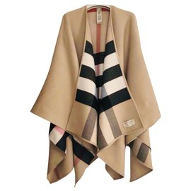 Burberry-Burberry - Burberry, NEW REVERSIBLE CHARLOTTE BURBERRY PONCHO CAPE WITH TAGS --Caramel