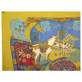Hermès-SCARF HERMES ART DES STEPPES FAIVRE SQUARE 90 IN YELLOW SILK SILK SCARF-Yellow