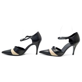 Chanel-Chanel used shoes 36.5 BLACK LEATHER BUCKLE PUMPS + LEATHER PUMP BOX-Black