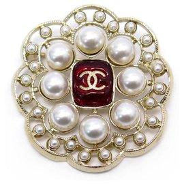 Chanel-NEW CHANEL BROOCH CC LOGO RED STONE PEARLS CC LOGO + NEW BROOCH BOX-Golden