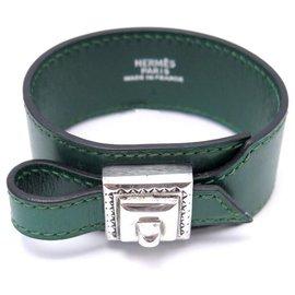 Hermès-HERMES ARTEMIS TOUAREG BRACELET 14-18 CM GREEN LEATHER & STERLING SILVER BUCKLE 925-Green