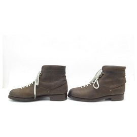 JM Weston-NEW JM WESTON COUNTRY GENTS HICKING BOOTS 132 10D 44 suede leather material-Brown