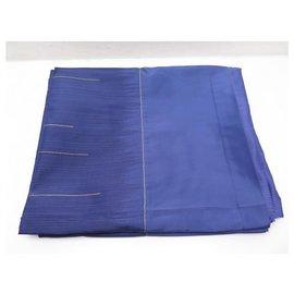 Hermès-NEW HERMES TABLECLOTH IN BLUE EMBROIDERED RECTANGULAR SILK 184 x 327 CM SILK TABLECLOTH-Blue