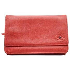 Chanel-Camélia en cuir rouge WOC-Rouge