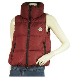 Moncler-MONCLER dark red PETTY  padded gillet vest with zip front size 0-Dark red