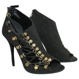 Balmain-Black Linen Heels with Brass Elements-Black