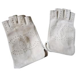 Chanel-Gloves-Beige
